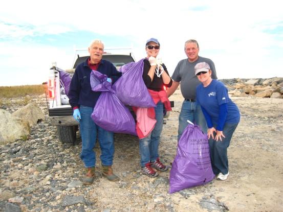 Long Beach clean up crew